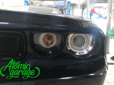 Dodge Challenger SRT8, замена линз на Bi-led Optima Pro + ремонт фар - фото 2