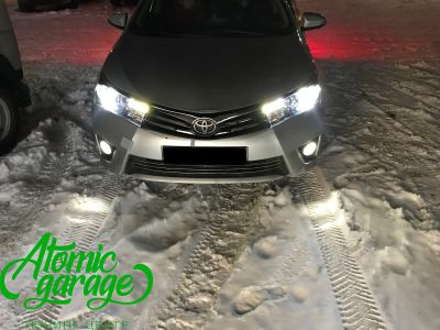 Toyota Corolla E180, установка линз Bi-led Optima Professional и Led ПТФ - фото 26
