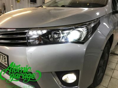 Toyota Corolla E180, установка линз Bi-led Optima Professional и Led ПТФ - фото 16