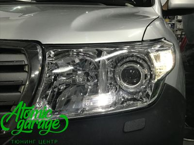 Toyota Land Cruiser 200, установка линз Bi-led Optima Pro + ДХО Vega Standart - фото 13