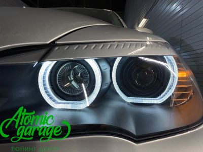 BMW X5 E70, замена линз на Bi-led Diliht Triled + кольца F-style - фото 19