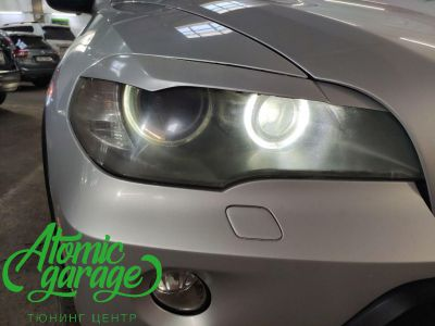 BMW X5 E70, замена линз на Bi-led Diliht Triled + кольца F-style - фото 2