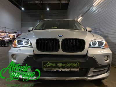 BMW X5 E70, замена линз на Bi-led Diliht Triled + кольца F-style - фото 18