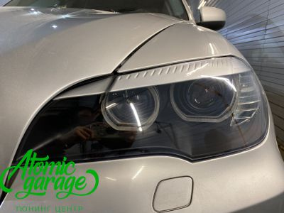 BMW X5 E70, замена линз на Bi-led Diliht Triled + кольца F-style - фото 12