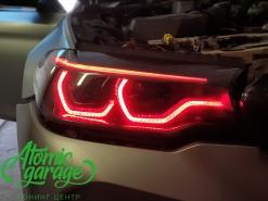 BMW M5 F90, многоцветные ангельские глазки + натуральный карбон