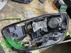 Audi A6 C7 дорестайлинг, замена стекла и корпуса левой фары