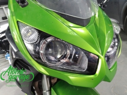 Мотоцикл Kawasaki Ninja z1000sx, установка линз Bi-Led Optima Adaptive