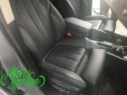Mitsubishi Outlander 3, установка сидений от BMW X5 F15
