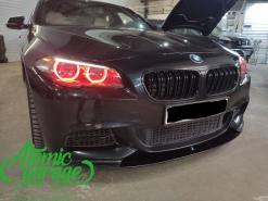 BMW 5 F10 рестайлинг, многоцветные ангельские глазки + стробоскопы