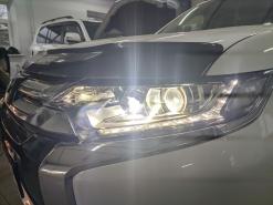 Mitsubishi Outlander 3 (2-й рестайлинг), замена линз на Bi-led Aozoom A3 Max