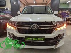 Toyota Land Cruiser 200 2-й рестайлинг, замена линз на Bi-led Aozoom Laser + бегущие поворотники