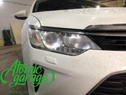 Toyota Camry v55, ремонт запотевания правой фары